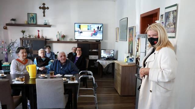 Škare Ožbolt: Treba stvoriti uvjete za ulagače koji će graditi domove za starije u Zagrebu