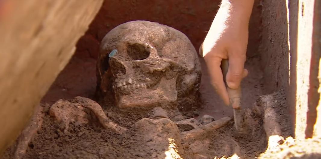 U jazbini meksičkih krijumčara otkrili oltar s četrdeset lubanja