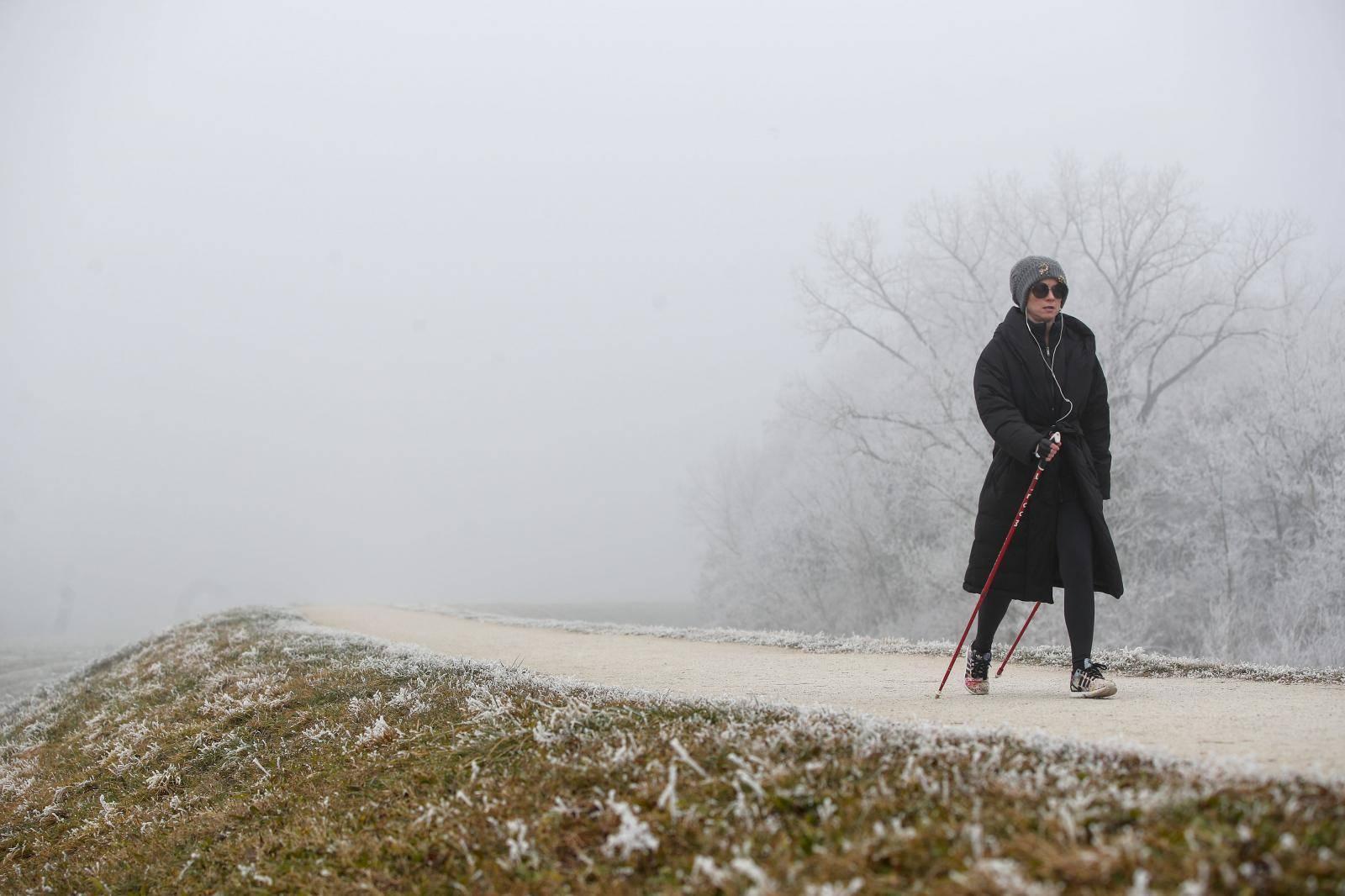 Mraz i zahlađenje ujutro, dok će poslijepodne puhati bura