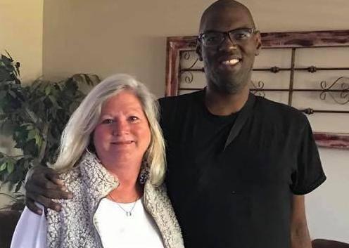 Posvojila odraslog pacijenta s autizmom da dobije novo srce