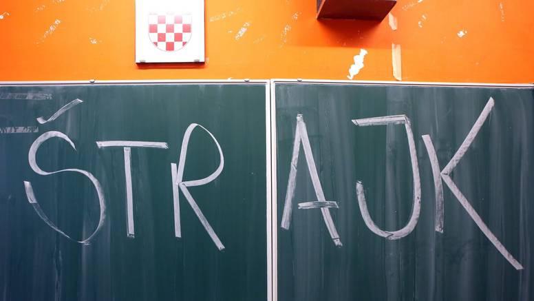 Sastale se nastavničke grupe: 'Sve ovo nadišlo je sindikate!'