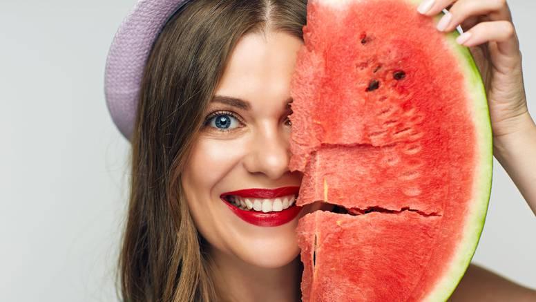 Lubenica čuva zdravlje očiju, mišića i kostiju, jača imunitet...