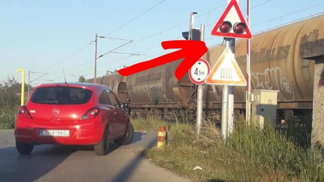 Rampa ne radi, vlakovi prolaze, isključili uređaje zbog radova