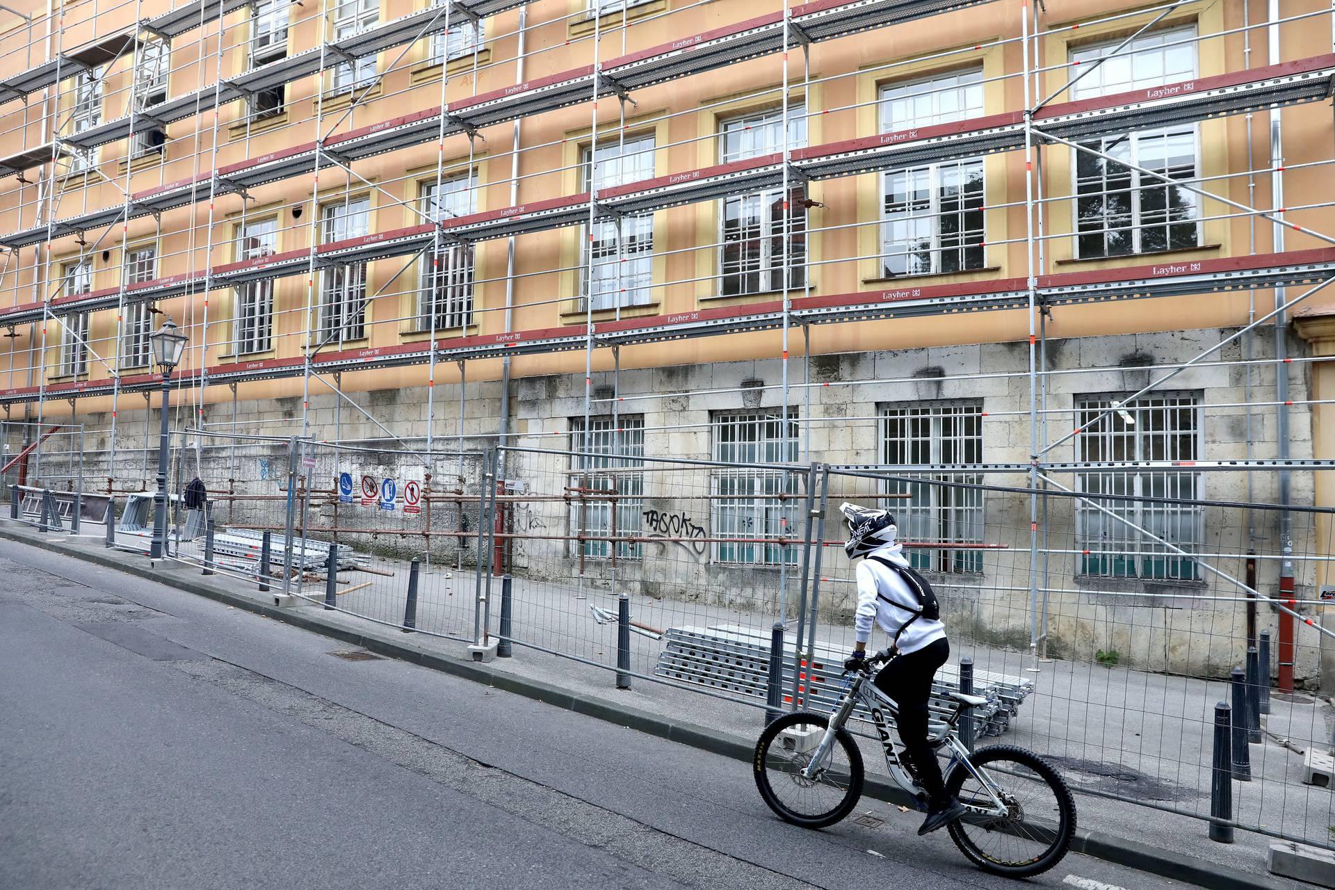 Dio škola u centru Zagreba koje su oštećene u potresu danas nisu otvorile svoja vrata