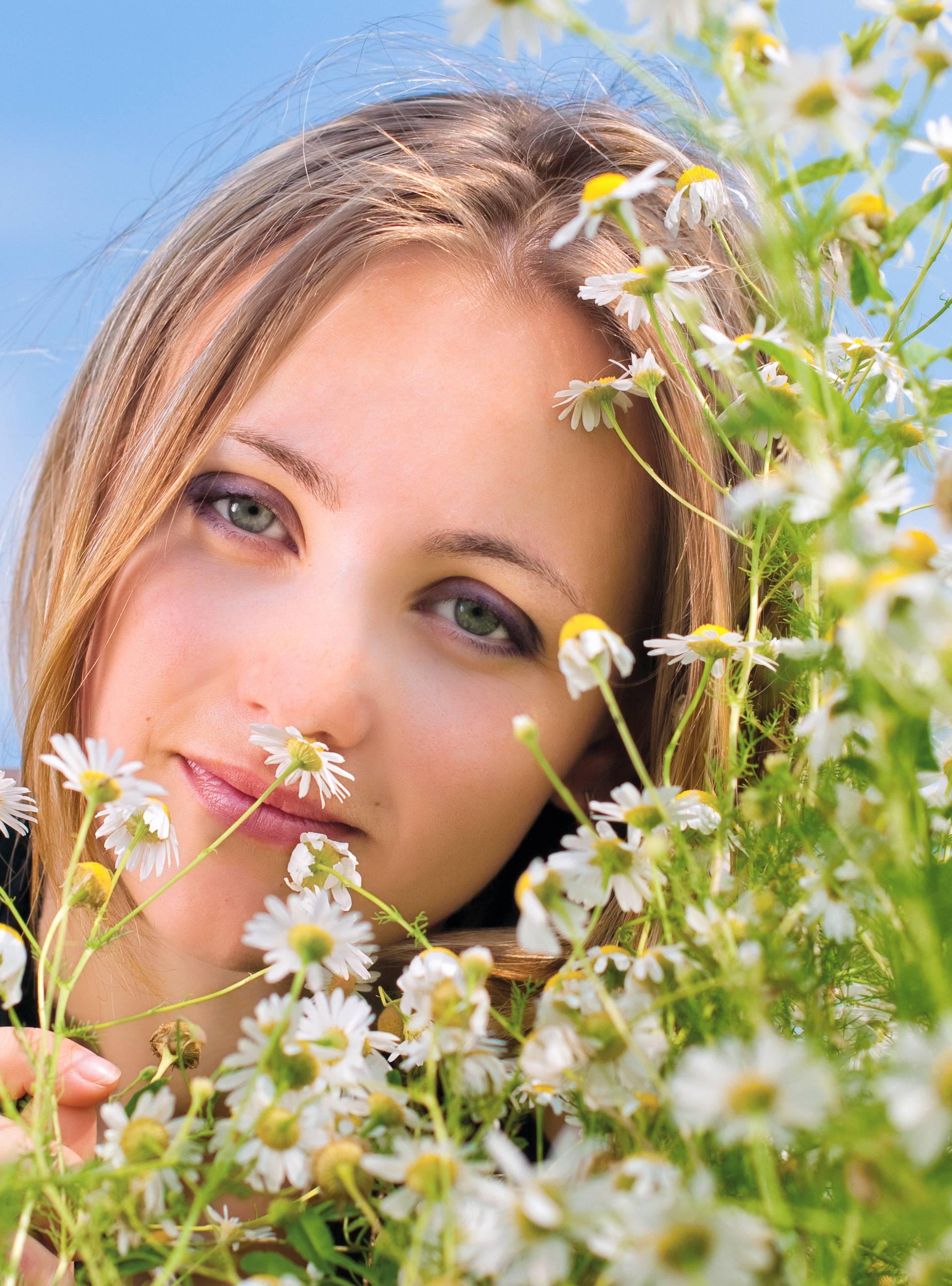 Prirodni lijekovi: Gospina trava liječi glavobolju, menta želudac