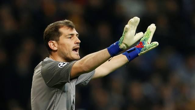 Champions League - Round of 16 Second Leg - FC Porto v AS Roma