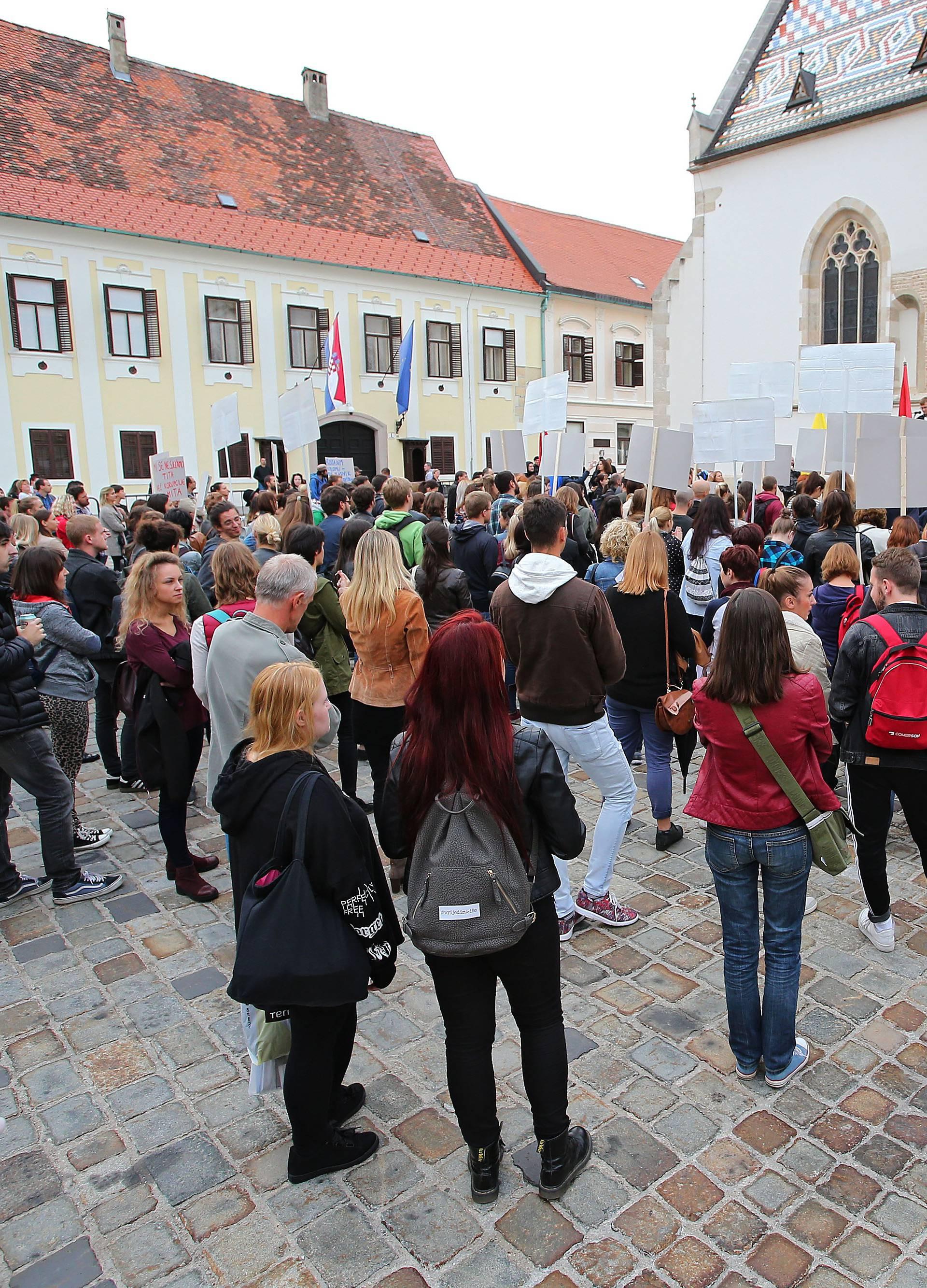 Prosvjed mladih: 'U Njemačku bih na odmor, a ne na bauštelu'