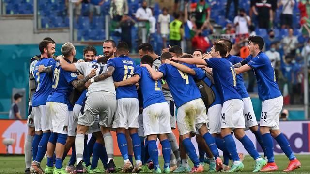 Euro 2020 - Group A - Italy v Wales