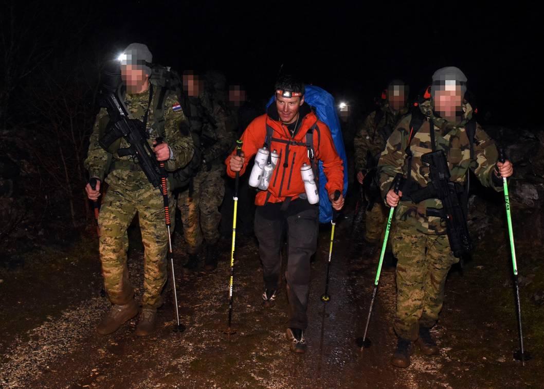 Kostelić s vojskom na Velebitu: 'Nemam riječi za ove dečke...'