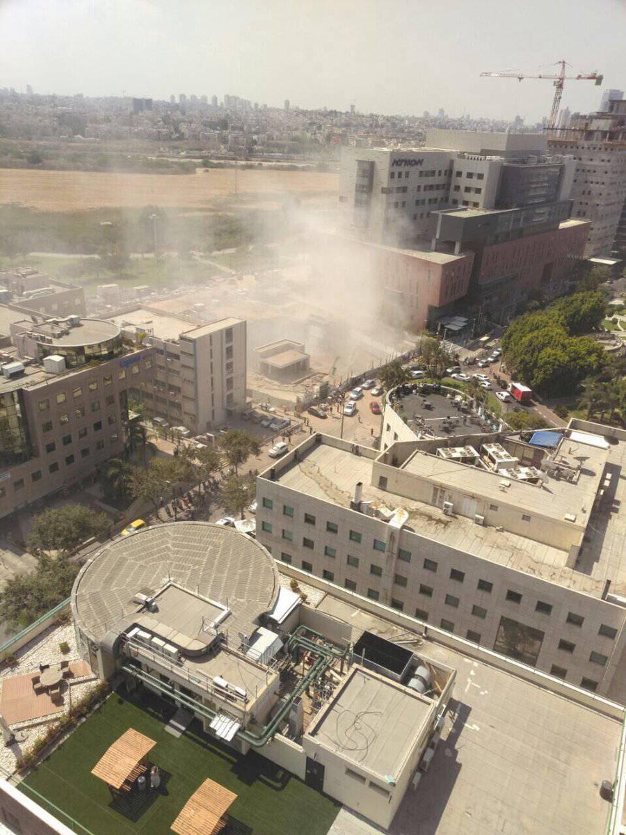 Urušila se zgrada u Tel Avivu:  2 poginulih, deseci ozlijeđenih