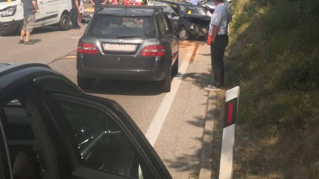 Nesreća kod Dramlja: U sudaru 4 auta jedan vozač je ozlijeđen