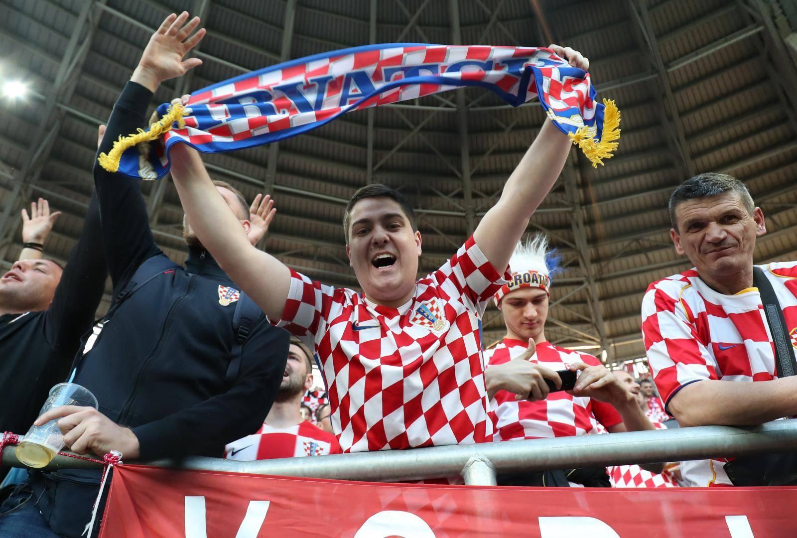 Budimpešta: Navijači spremni za kvalifikacijsku utakmicu između Mađarske i Hrvatske