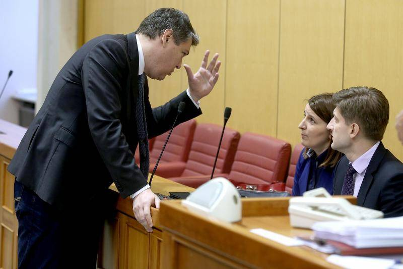 Lalovac zaboravio da je oporba: 'Vlada će podržati..., ups SDP'
