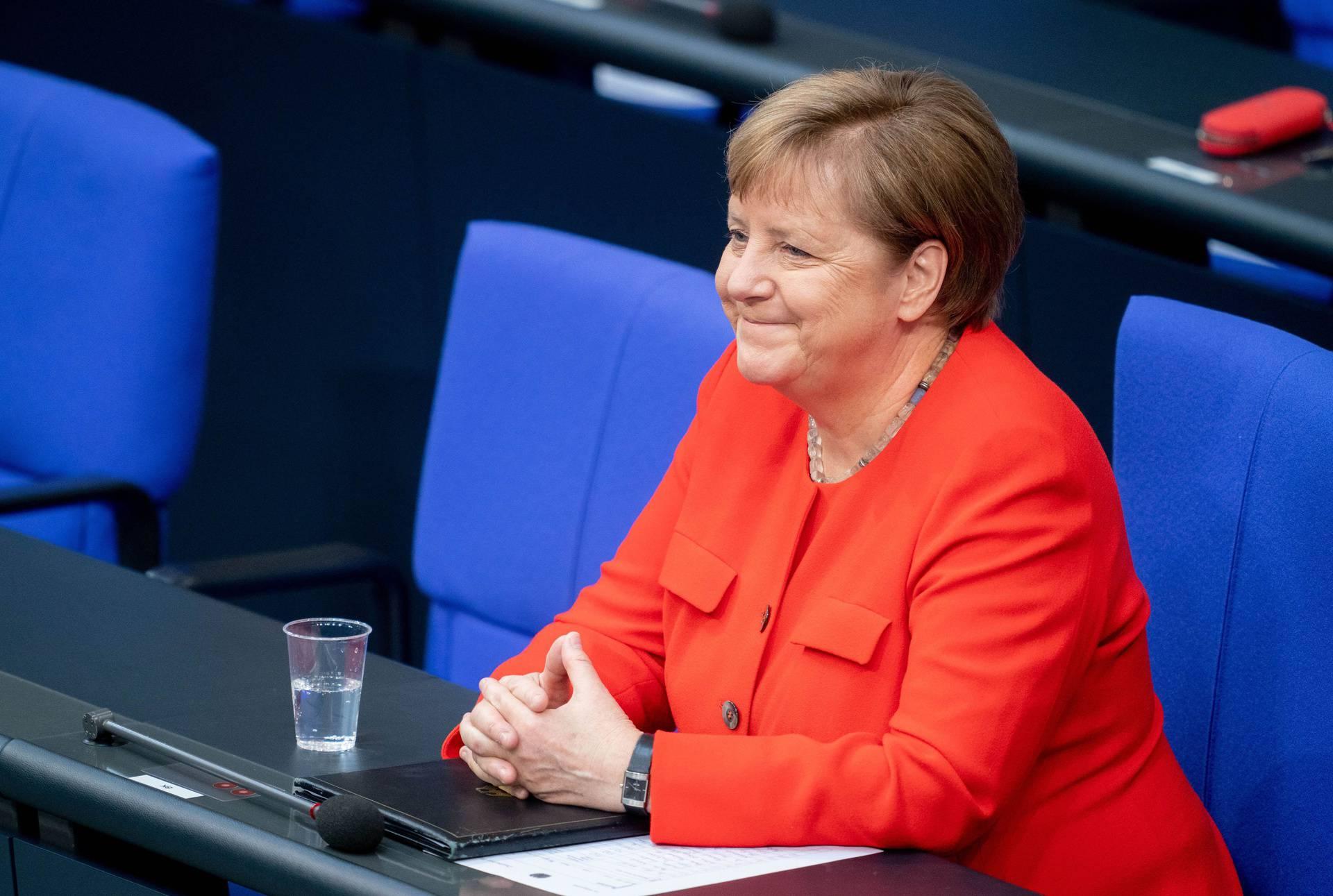 Merkel: 'Niti jedna zemlja ne može sama savladati ovu krizu'