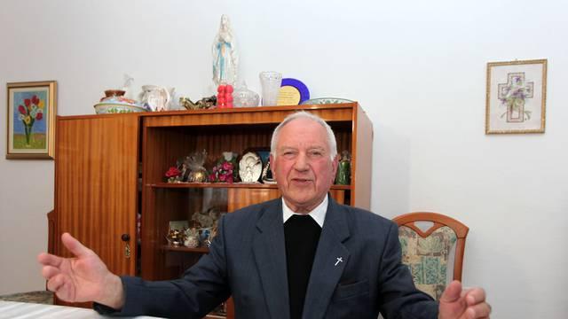 Svećenika oslobodili optužbi za bludničenje nad maloljetnicama