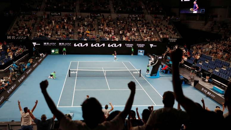 Karantena usred Australian Opena: Neće više biti publike