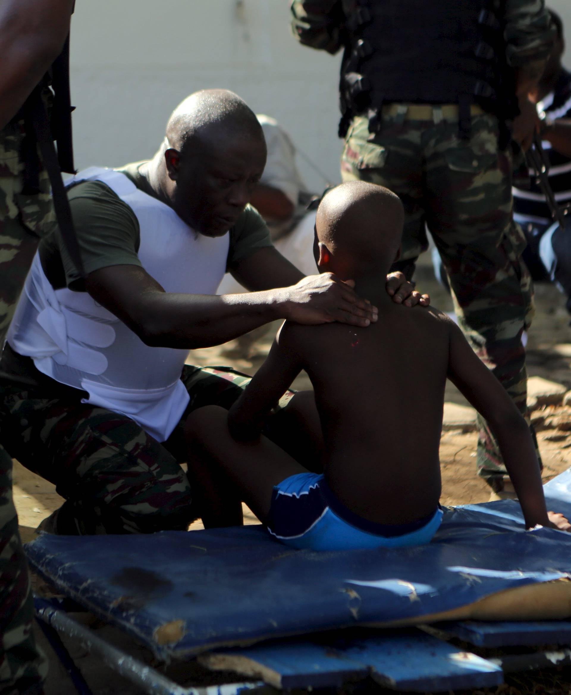 Napadači poštedjeli dječaka jer je molio muslimansku molitvu