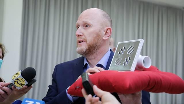 Zagreb: Konferencija za medije članova Kluba nezavisnih zastupnika Gradske skupštine