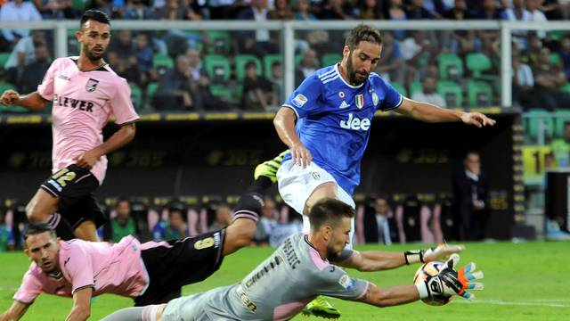 Football Soccer - Palermo v Juventus - Italian Serie A