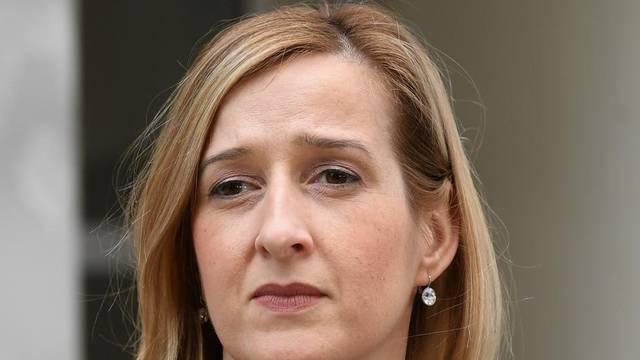 'Premijeru je problem samo to, da parafraziram Jandrokovića, što mu je zastupnik priglup'
