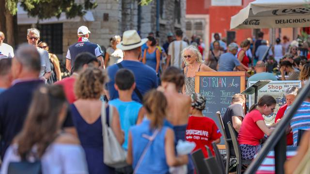 O turističkom uspjehu Hrvatske raspisao se i Bloomberg: 'Manje je turista, ali su veći prihodi'