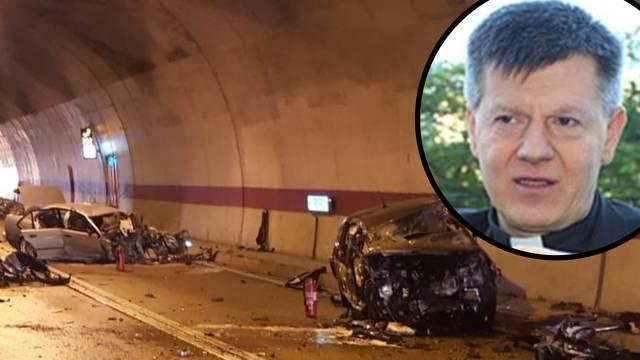 Vozač (24) BMW-a  preminuo, a mons. Jozića su hitno operirali