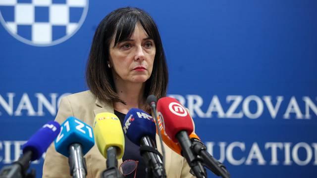 Divjak: Moramo privlačiti ljude da se vraćaju u Hrvatsku