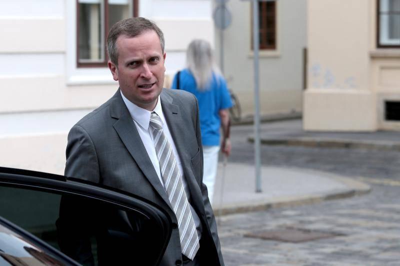 Ministar pravosuđa iznenadio je mnoge neobičnom ponudom