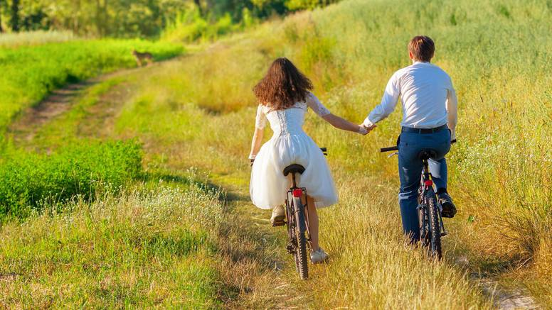 Planirate svadbu? Astrologinja otkrila najbolji dan za reći 'da'