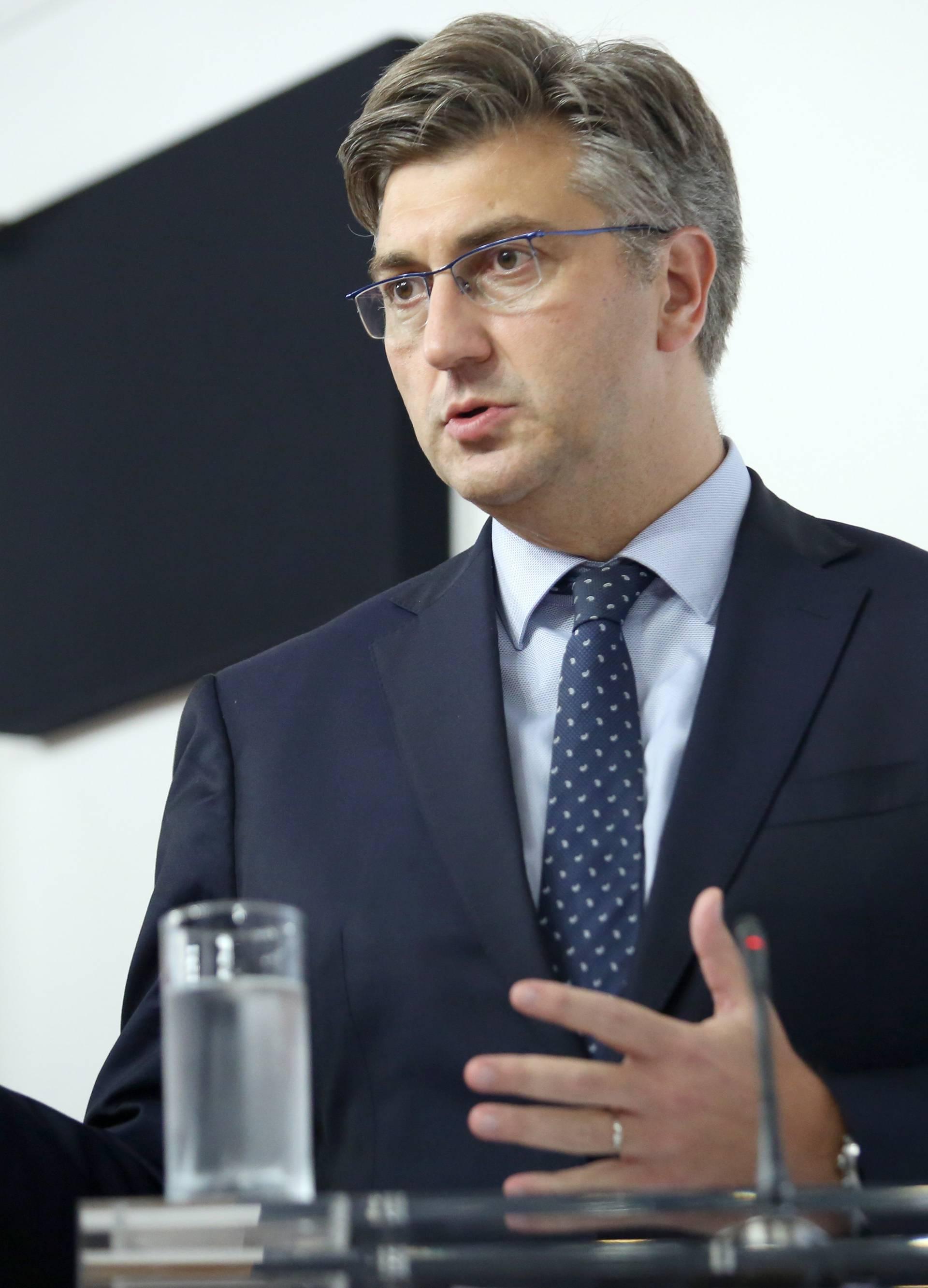 Pula: Konferencija za medije premijera Andreja Plenkovića nakon sjednice Vlade