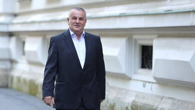 Drago Tadić dolazi na sudjenje na Županijski sud