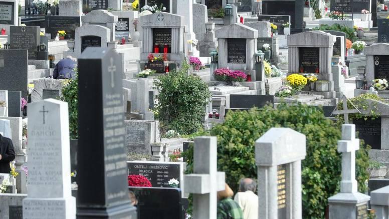 BiH: Vandali otvarali grobnice i razbijali po katoličkom groblju