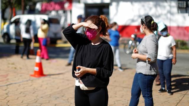 Outbreak of coronavirus disease (COVID-19) in El Salvador