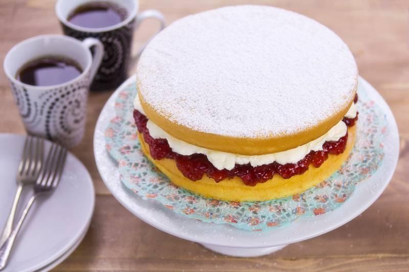 Tim slastičara otkrio recept za biskvit-tortu kraljice Viktorije
