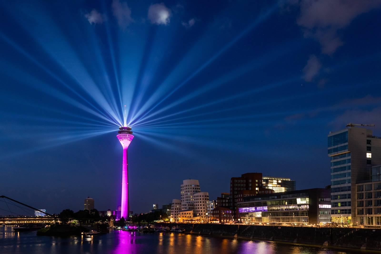 Light show at the Düsseldorf Rhine Tower