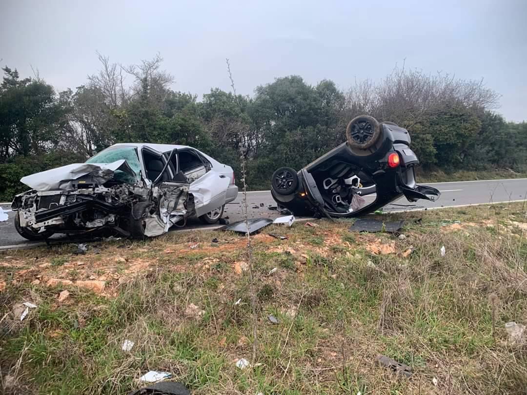 Crna nedjelja na cestama: Pet ljudi ozlijeđeno, dvoje poginulo