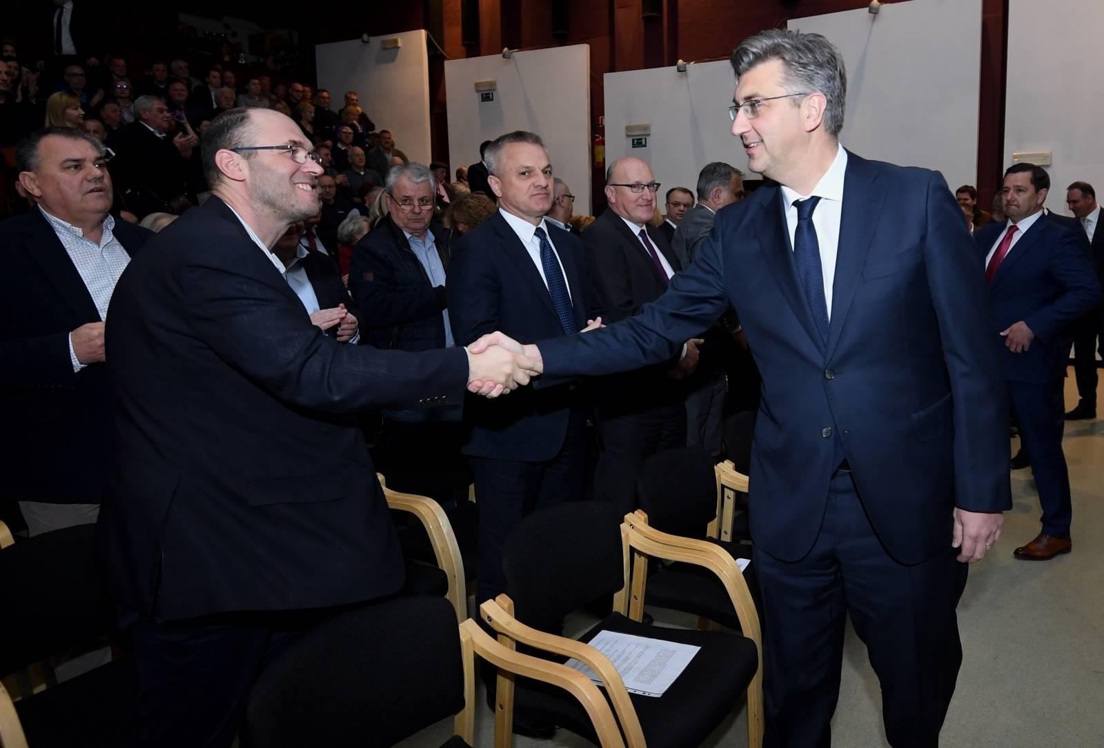 Zagreb: Andrej Plenković sudjelovao na 29. obljetnicki osnutka HDZ-a Podsused