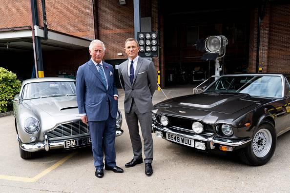 Baca se u filmske vode: Princ Charles glumi u James Bondu