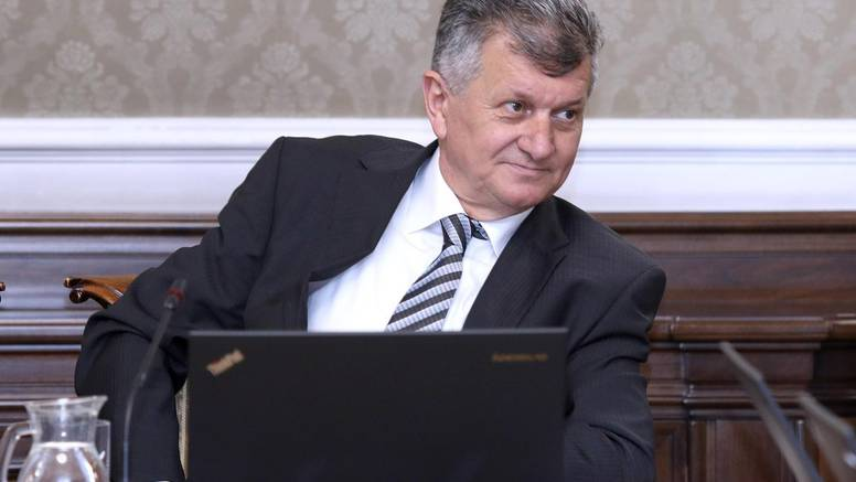 Dogovor Vlade i sindikata: Parafirali su dodatak GKU-u