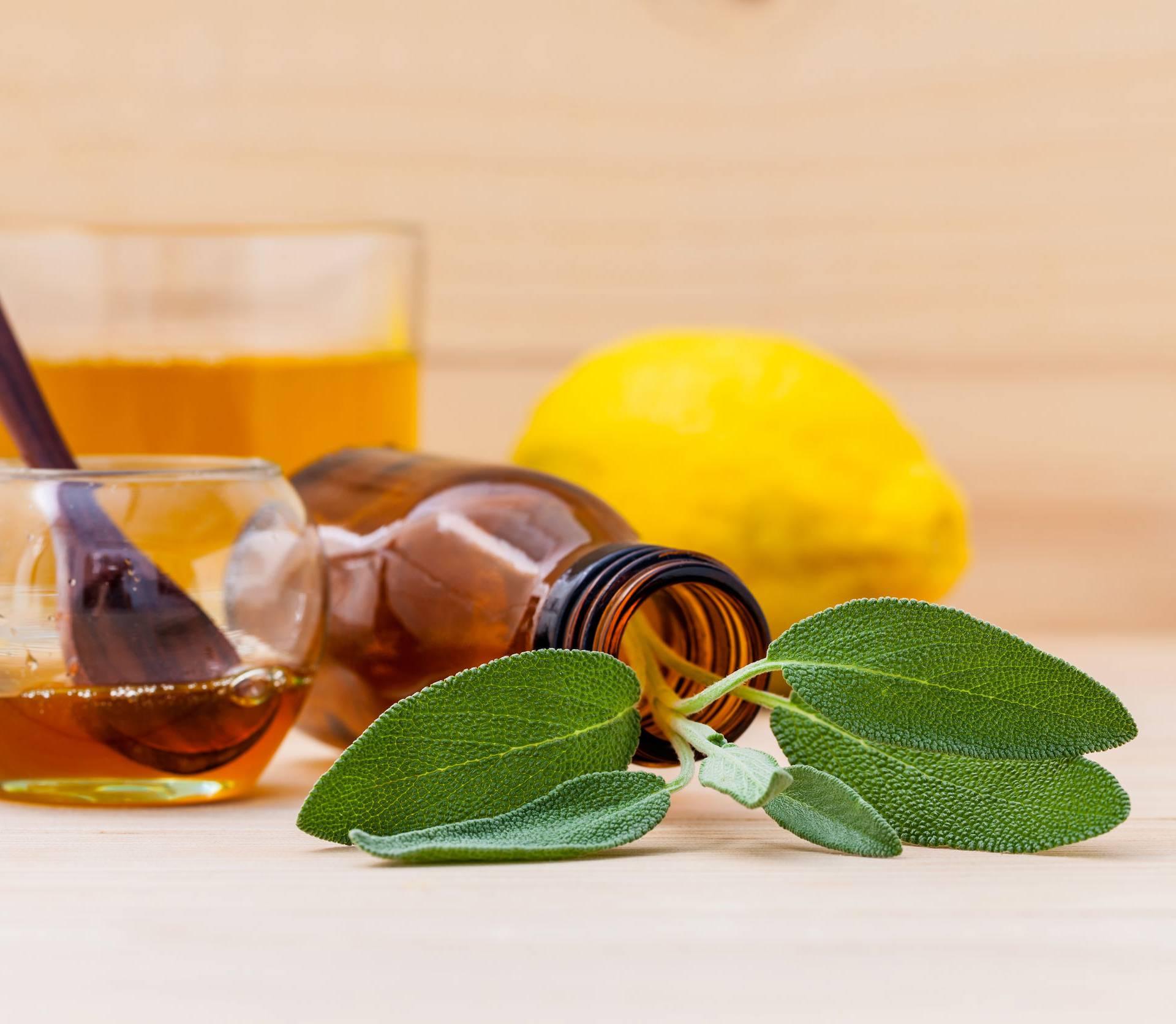 Čaj od anisa, kadulje i paprene metvice pomaže kod upale grla