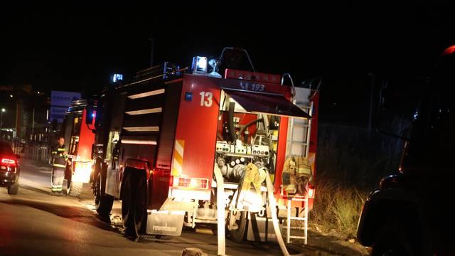 Split: Brzom intervencijom vatrogasaca spriječeno širenje požara na TTTS-u