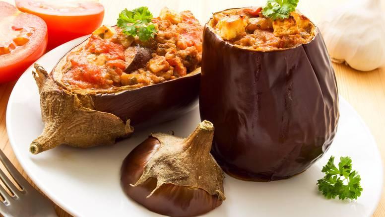Zdravo i fino jelo: Patlidžan s mesom, parmezanom i povrćem