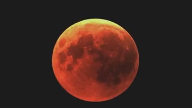 Pomrčinu Mjeseca gledat će jedino u Splitu i Malom Lošinju