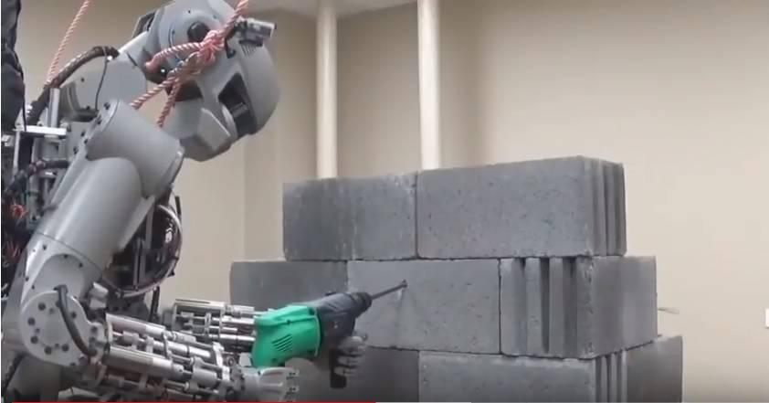Spašavat će ljude, a znaju čak i pucati: Roboti dolaze na ISS...