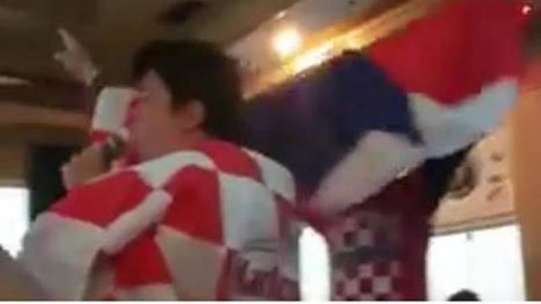 Kinez koji voli ustaše kažnjen s 800 kn i protjeran iz Hrvatske