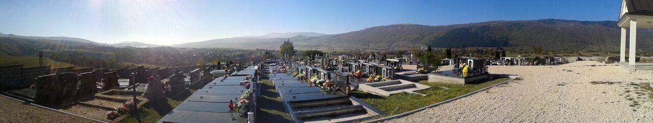Četiri prijave: Netko s groblja u Virovitici krade drvene križeve
