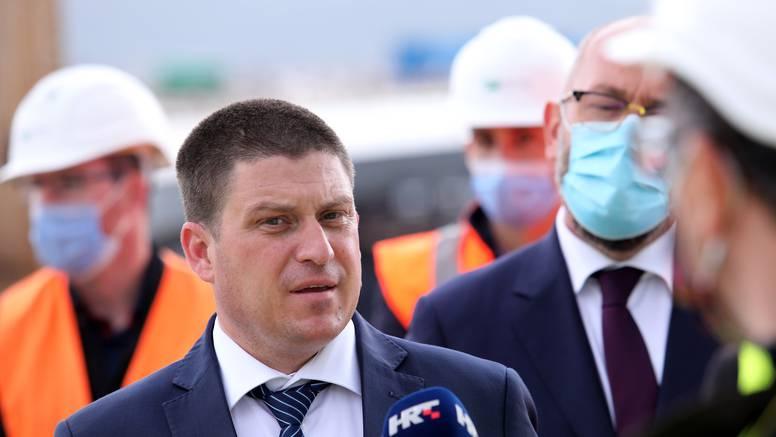 'Nisam dobio dar od 500 kuna u Kovačevićevom klubu. Ne mogu toliko jesti, malo sam gricnuo'