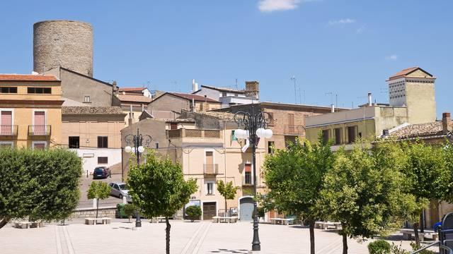 Prodaju kuće od 1 do 13 tisuća eura, a neke su odmah useljive